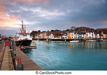 Weymouth harbour in Dorset. - Fishing harbour in Weymouth,...
