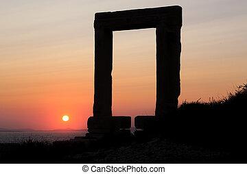 Naxos - 05 - The Portara Gate of the Apollo Temple in Naxos...