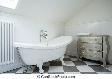 Luxury bathtub - Picture of white luxury bathtub in the new...