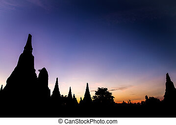 Wat Chaiwatthanaram twilight moment in the Ayutthaya...