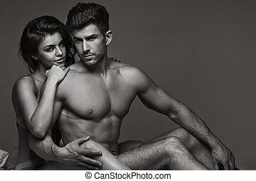 Black&white picture of sensual couple - Black&white picture...