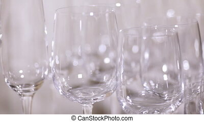 Number of glass big and small - Clean glass glasses big and...