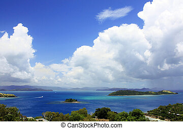 whitsunday Islands - Whitsunday Island of the east coast of...