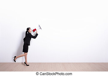 business woman screaming - business woman talking in...
