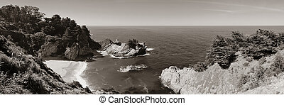 Big Sur - Seascape in Big Sur in California