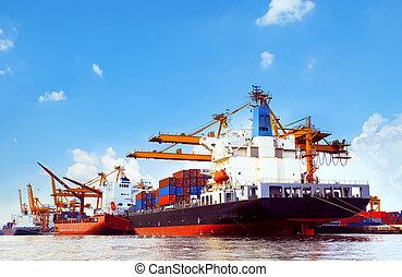 contenedor, barco, en, puerto, carga, muelle, con, muelles,...