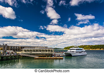 Docks and boat in the harbor at Bar Harbor, Maine.