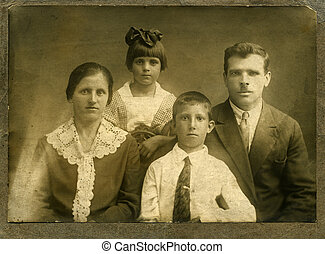Vintage portrait. - Vintage portrait,family of the...