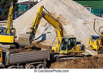 excavador, en, construcción, sitio, Durante,...