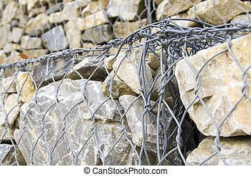 particular fastening of a gabion wall