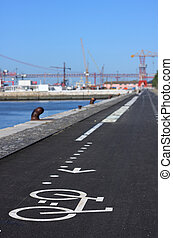 Cycleway in Lisbon - Cycleway in the city of Lisbon,...
