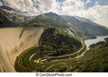 Kaprun dam wall-the highest power plant in...