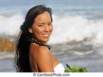 Polynesian Girl - portrait of a beautiful young Polynesian...