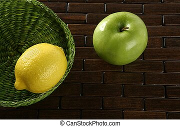 Lemon citric fruit and Green apple