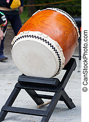 taiko - japanese drum - picture of a taiko, japanese drum,...
