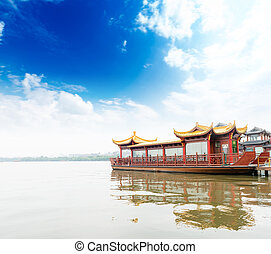 Traditional ship at the Xihu West lake, Hangzhou, China