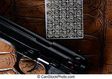 negro, pistola, pistola, bala, caja