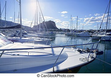 Beautiful marina, sailboats and motorboats - Beautiful...