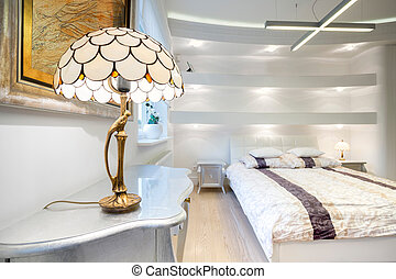 Luxury bedroom - Big luxury bedroom with cristal small lamp
