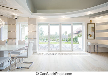 Room overlooking the garden - Luxury front room with window...