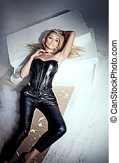 Sensual blonde woman posing - Sexy beautiful blonde woman...