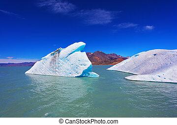 enorme, icebergs, flutuante, em, a, gelado, water, ,