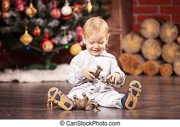男孩, 很少, 他的, 樹, 聖誕節, 玩具, 玩
