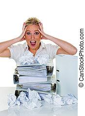 mulher, em, escritório, com, burnout,