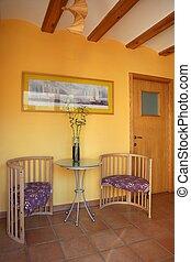 Lobbit, corridor in yellow wooden beams, spanish
