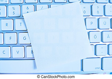 note on computer keyboard: empty