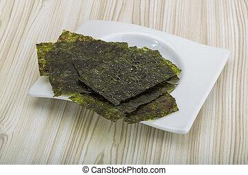 Nori - Dry nori - seaweed asian snack for sushi
