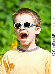 Shouting kid