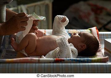 mum night nappy newborn - mum at night nappy newborn
