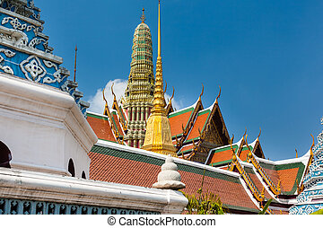 Vibrant temple - famous Prangs in the Grand Palace in...