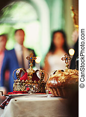 Coronation of the wedding - Photo two church crown on...