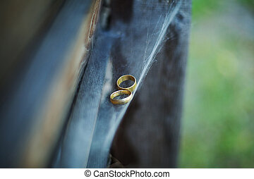 Rings on cobweb