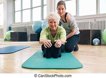 entrenador, 3º edad, gimnasio, mujer, ejercitar