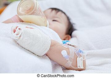 Little asian girl lying on a medical bed - Little asian girl...