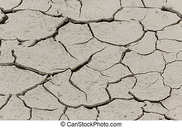 Dryness, dry ground in France - Dryness, dry ground in...