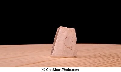 Optical calcite mineral raw stone