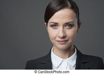 Confiado, hembra, mujer de negocios, frontal, retrato,