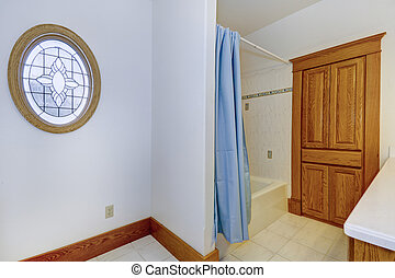Bathroom interior in old american house - Simple bathroom...