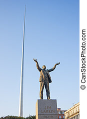 Spire and Jim Larkin - Jim Larkin statue and spire in...
