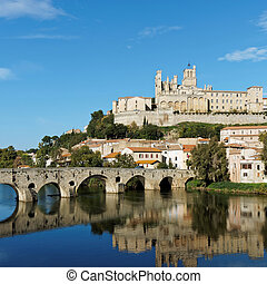 Beziers in autumn, France - Beziers old city and pont vieux...