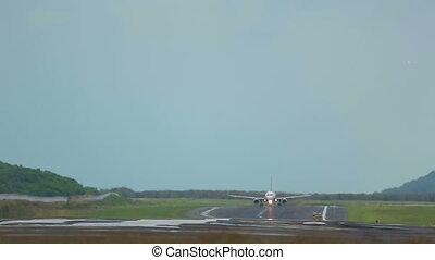 Take-off - Airbus 320 take-off, International Phuket...