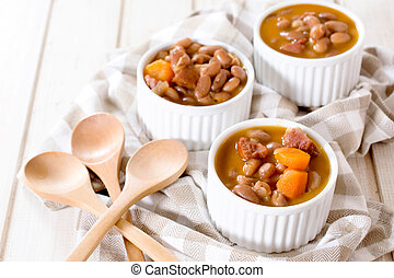 Beans in the cups - Beans and beef meat prepared in the...