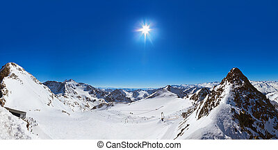 Mountains ski resort - Innsbruck Austria - Mountains ski...