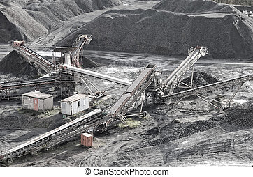shale pit and conveyor belts