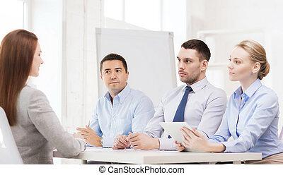 empresa / negocio, equipo, Entrevistar, solicitante, en,...