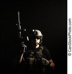 Militaer, Bauunternehmer, privat,  pmc